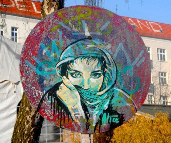 Modern graffiti thamn magazine for Mural street art